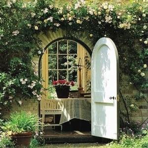 Join me in my secret garden room...