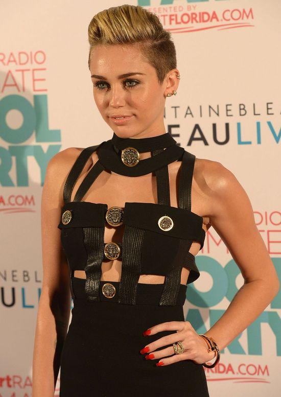 Bondage Miley