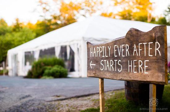 Cute wedding reception sign in Muskoka, Canada