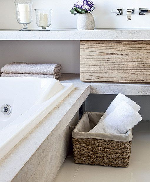 #interior #decor #styling #bathroom #concrete #wood #natural #modern #minimalist