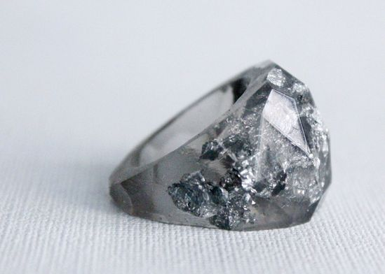 Eco-resin multifaceted translucent grey ring by RosellaResin.