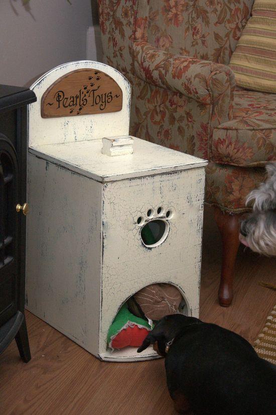Pet Toy Box  = good idea!