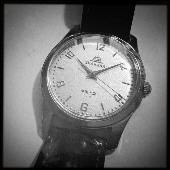 """Vintage Chinese watch """"Shanghainese"""", with the A581 movement from the '50s."""