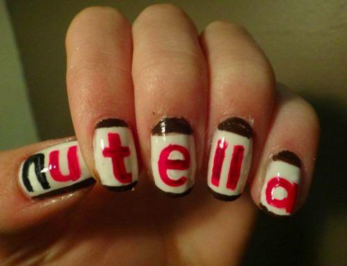 Nutella nail art