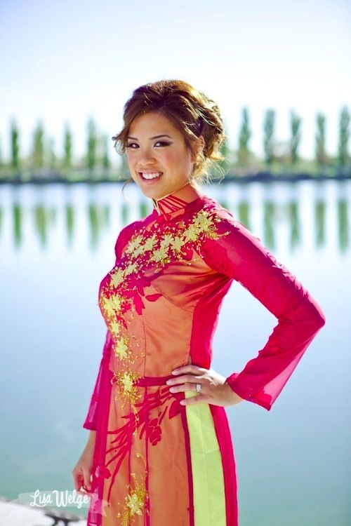 Another shot of that sheer #wedding #aodai