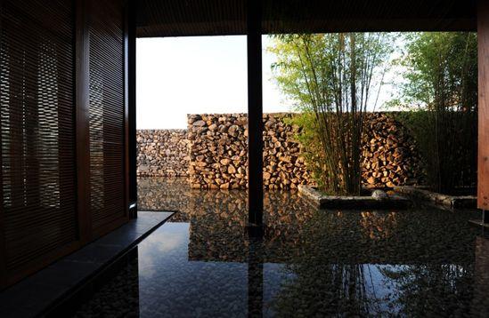 Water House / Li Xiaodong Atelier