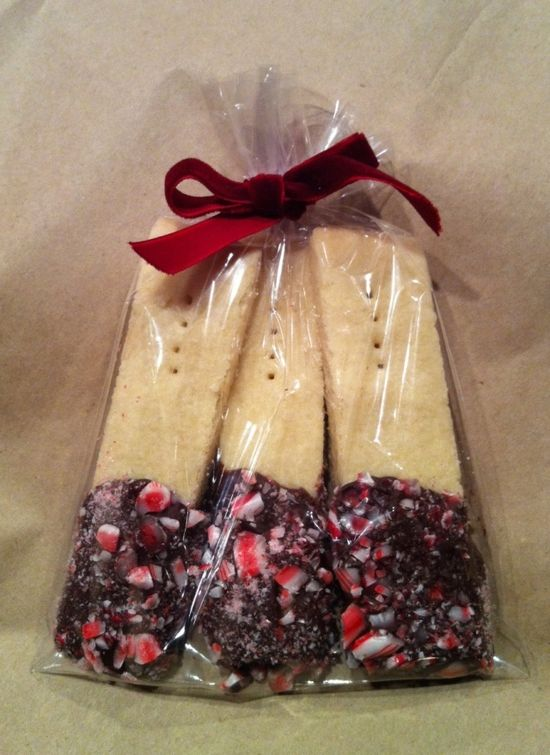 Shortbread dipped in chocolate and peppermint