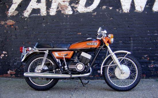 YamahaR5C - Pipeburn - Purveyors of Classic Motorcycles, Cafe Racers & Custom motorbikes
