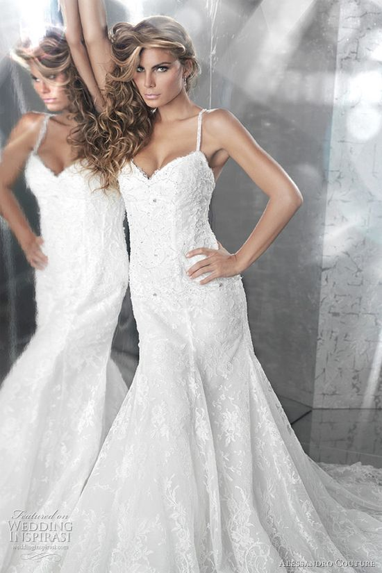 italian wedding dresses  @ weddinginspirasi....