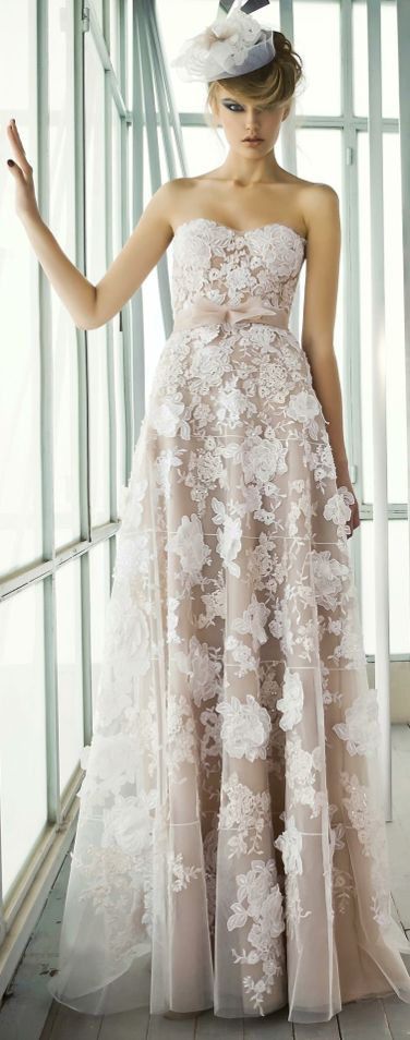 LACE #wedding #gowns