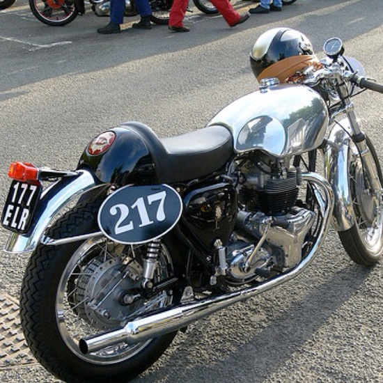 BSA Cafe Racer.