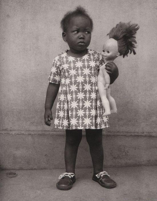Edouard Méhomé: Un enfant Fon (Studio photo Vedette, Porto-Novo, Bénin).