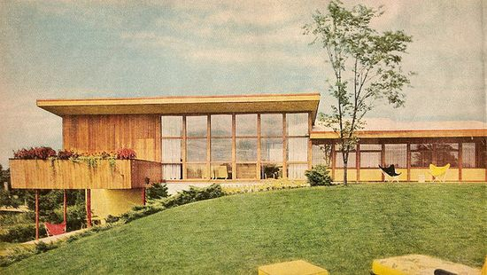 """House in """"Better Homes and Gardens""""-1960."""