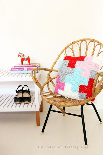 Inspiration -  crochet cushion with cross pattern by IDA Interior LifeStyle
