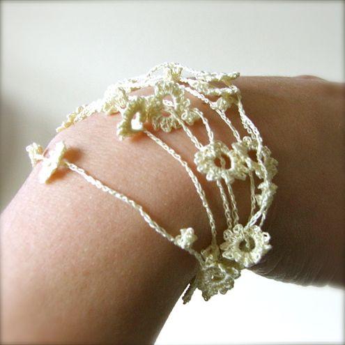Crochet flower bracelet...