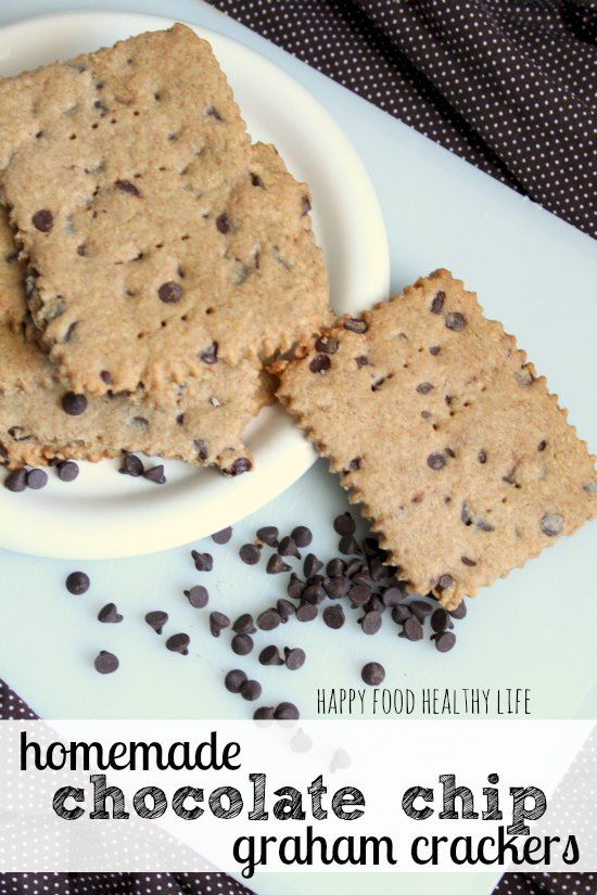 Homemade Chocolate Chip Graham Crackers // Happy Food Healthy Life...sub Earth Balance for butter and agave for honey to make them vegan