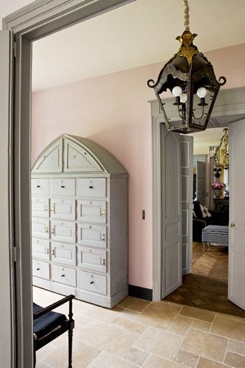 When we think of French interiors, we think of pale blue, gray and white, yet French decorating isn't just a one-color palette. Pink, salmon, and coral are often associated with the Rococo period and was in fashion until the end of the 18th century. Pastels are some of the most beautiful colors, and yet most of us gravitate towards the neutrals such as the gray and beige tones. I think for the most part, many of us are scared to use color, because we don't know how to incorporate color.
