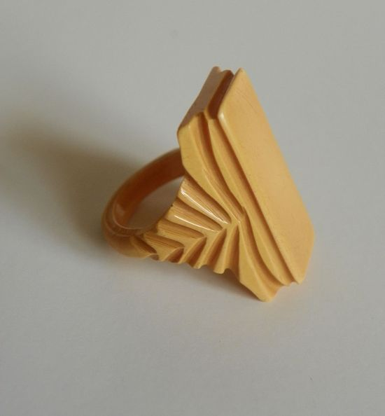Vintage Art Deco Butterscotch Bakelite Ring