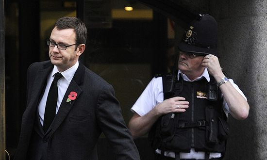 Andy Coulson told news editor to ?do Calum Best?s phone?, court hears