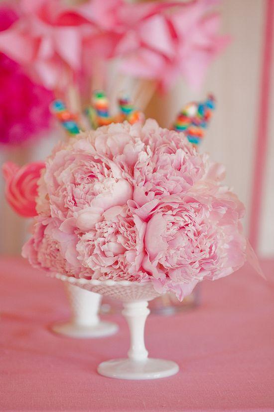 Fun idea: Arrange flowers on top of cake plates