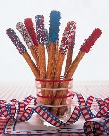 Fourth of July Pretzel Sparklers (clever tip: stand upright in a glass while chocolate is drying)
