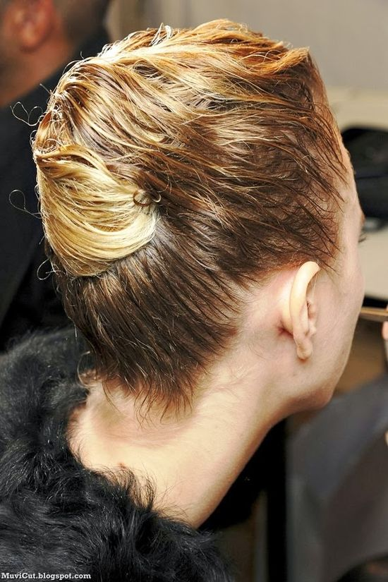 Top 12 Hairstyles for Winter ~ Cute Girls Hairstyles