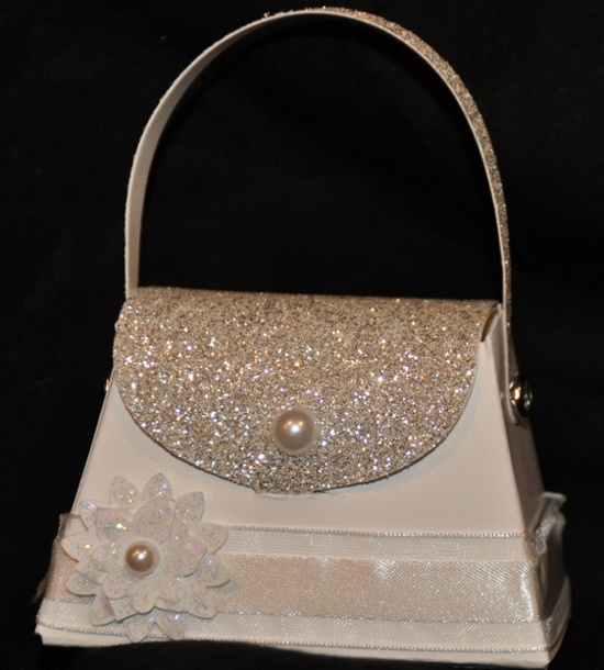 Sizzix die cut petite purse die!  For the bride.  How would like to get your engagement ring in this cute purse...grooms to be out there, this could be for you!  www.stampinjenn.t...