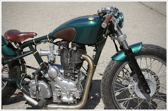 """Old Empire Motorcycle's """"Pup"""" Bobber - Pipeburn - Purveyors of Classic Motorcycles, Cafe Racers & Custom motorbikes"""