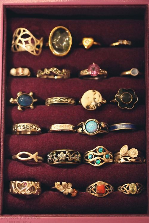 lots of vintage, beautiful rings