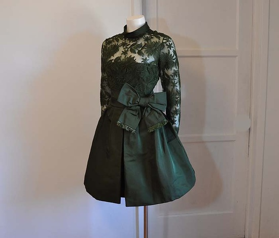1960s dress / Chester Weinberg Vintage 1960's Silk Cocktail Dress