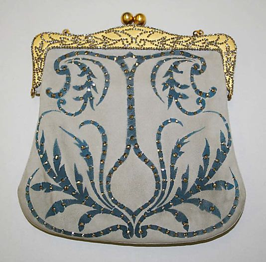 circa 1911 silk Purse, French (probably)