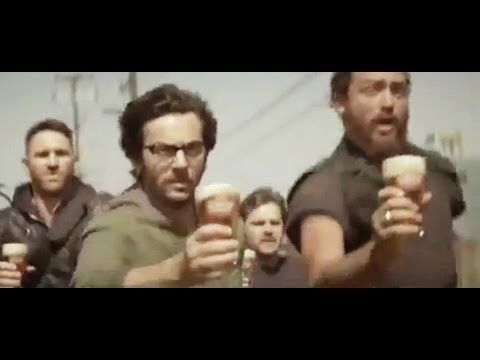 ** CARLTON DRAUGHT Beer Chase FULL - Funny Commercial -