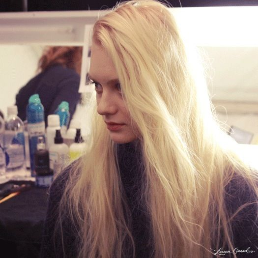 tousled hair at bcbg for fall 2013 #nyfw #blonde- absolutely love this hair colour