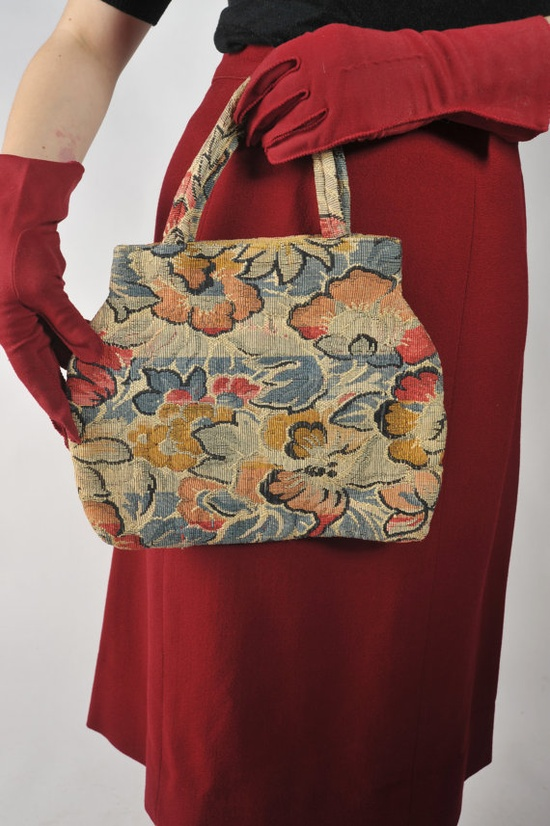 Vintage purse with carpet bag flair.