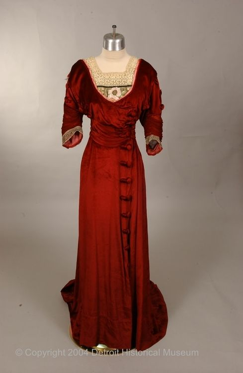 Dress  1907-1910  The Detroit Historical Museums Costume Collection