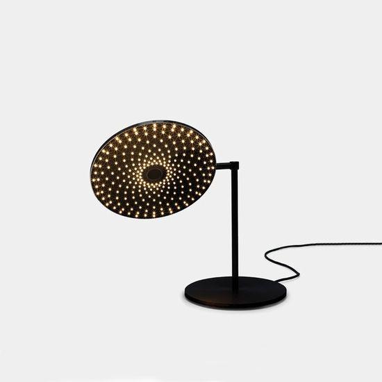 flatliner table lamp - matter