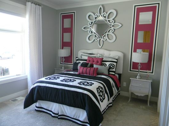 Girl's room, wall art.  from Organize and Decorate Everything