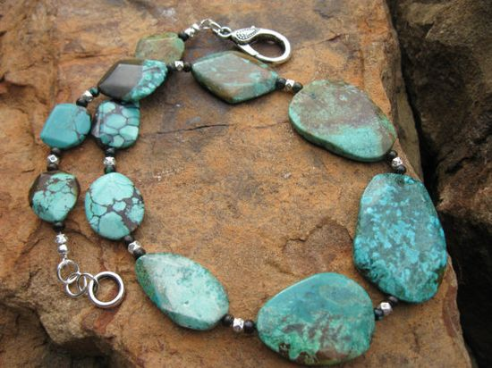 Turquoise Gemstone Collar Necklace by fleurdesignz on Etsy, $124.00..  FREE SHIPPING!