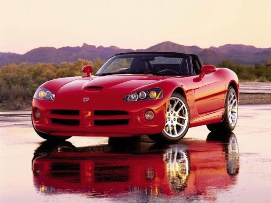 Dodge Viper Sports #celebritys sport cars #luxury sports cars #sport cars
