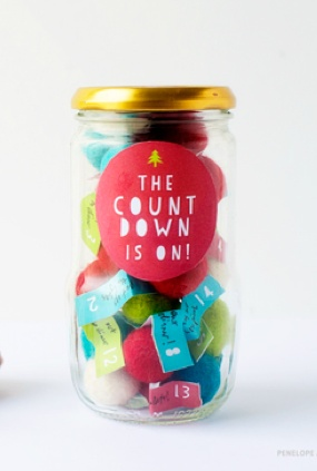 DIY: Advent in a jar + free template!