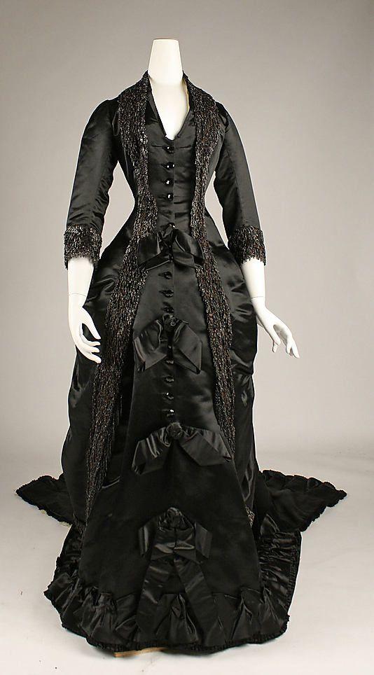 Dinner dress 1877-80