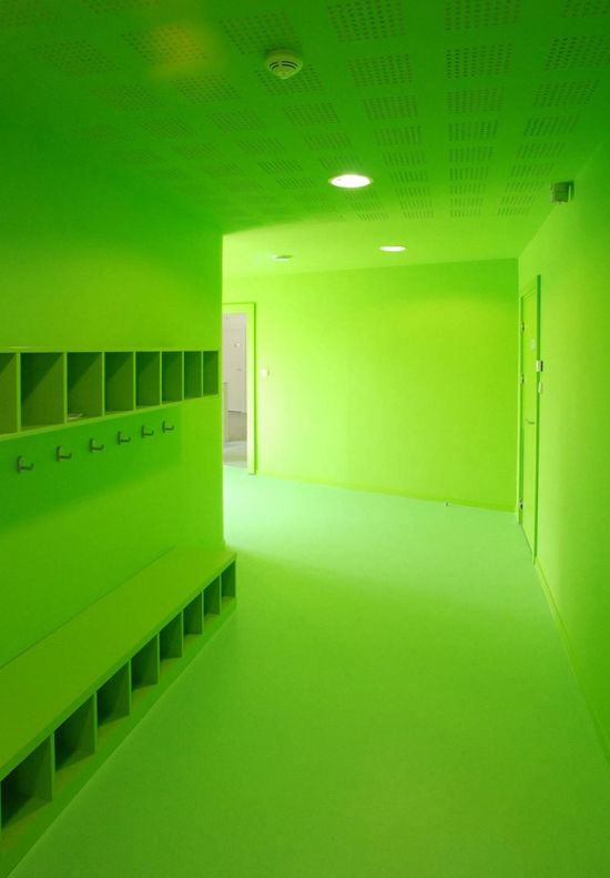 green. S)