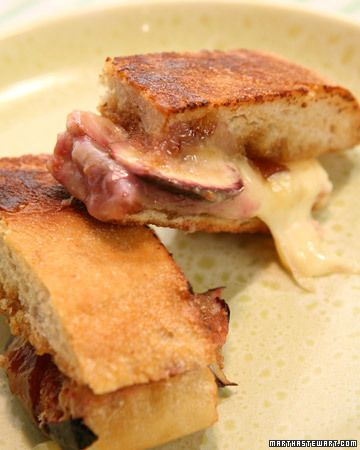 grilled cheese and fresh fig sammies recipe