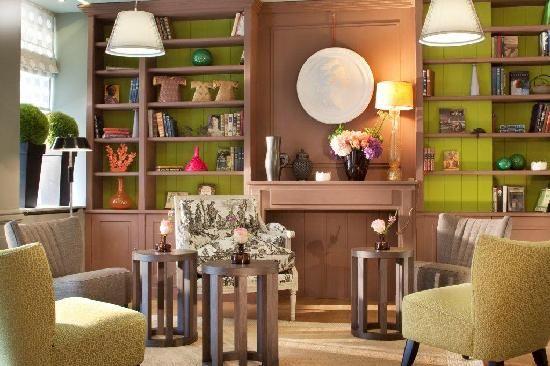 Hotel de Londres Eiffel   1 Rue Augereau, 75007 Paris, France - My favorite Paris hotel