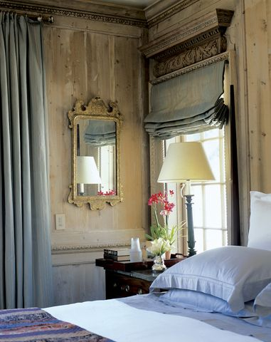 Calming bedroom, love walls.