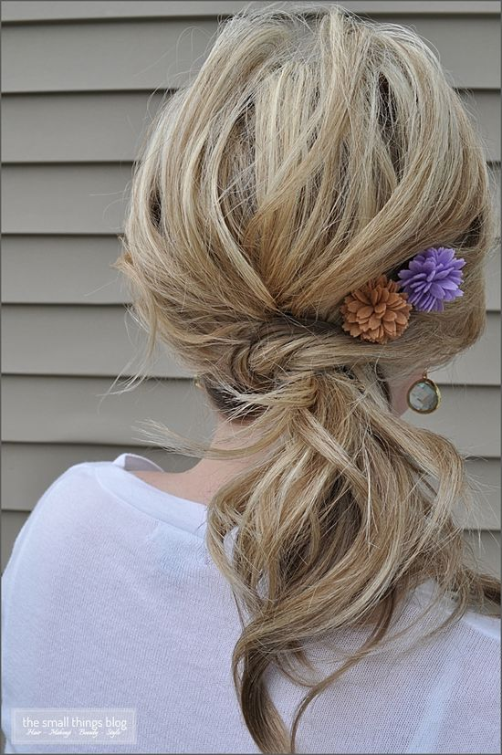 The Knot Ponytail - cute and easy.