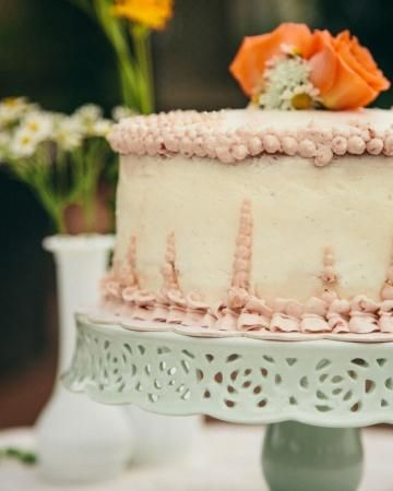 Such a cool looking wedding #cake