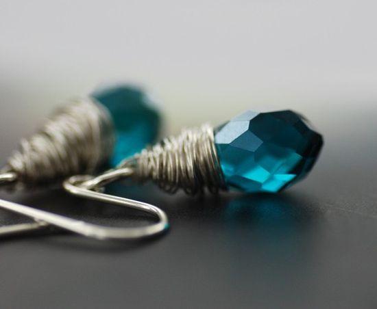 beautiful earrings   Fashion jewelry  , fashionista  , watches ,  women's fashion , earrings, accessories , bracelets , rings , #earrings #fashion #fashionista #sexy #style  #fashion