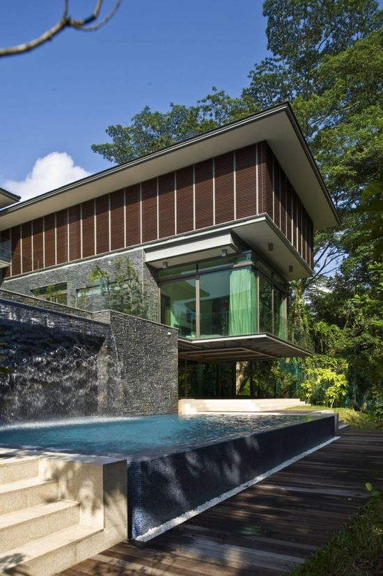 arch daily #architecture #modern #pool #living #villa #house #glass