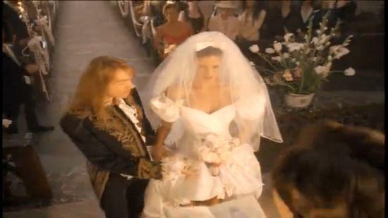 #Halloween inspiration: Sexy bride